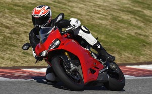 Ducati_1299_Panigale_S_18.jpg mail_sender Paul Hudson mail_subject supplied images for Cars mail_date Mon, 26 Jan 2015 17:57:52 +0000 mail_body Hi there. Please create new folder called 31/1 Ducati Panigale and add all 14 of the attached images. Thanks, Paul -- Paul Hudson | Deputy Head of Cars telegraphmediagroup | 111 Buckingham Palace Road | London | SW1W 0DT 020 7931 2556 07876 397621 paul.hudson@telegraph.co.uk