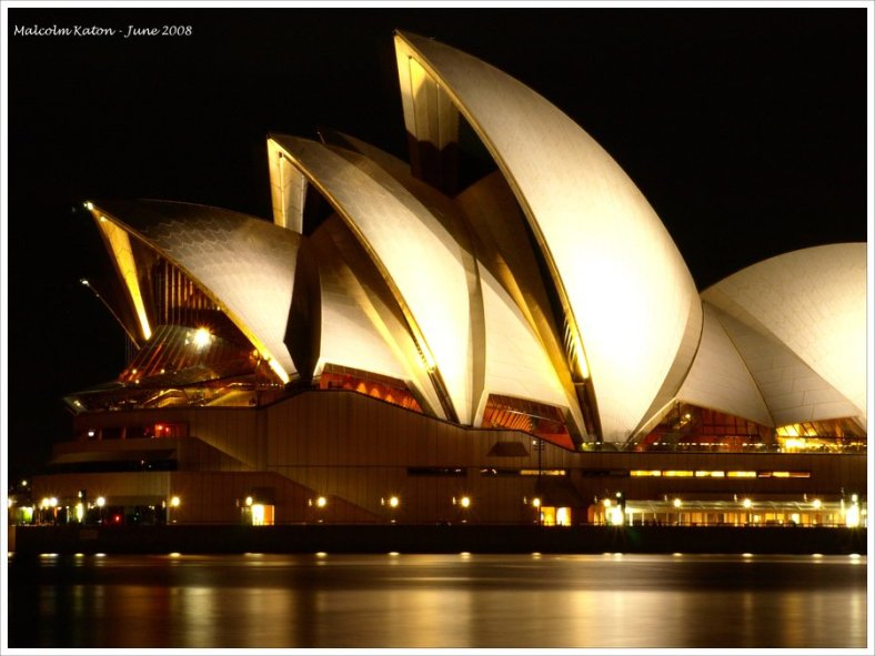 sydney-opera-house-at-night-up-close-wallpaper-4